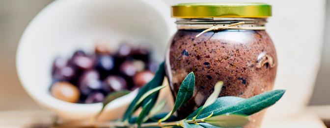 Posta de Bacalhau com Cenoura ao Pesto de Azeitona Preta